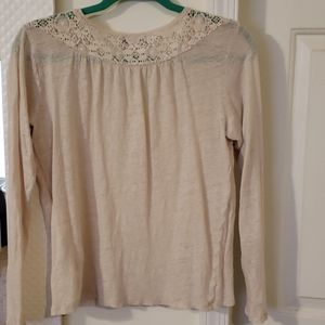 3 for $15! Cream long sleeve top with lace detail